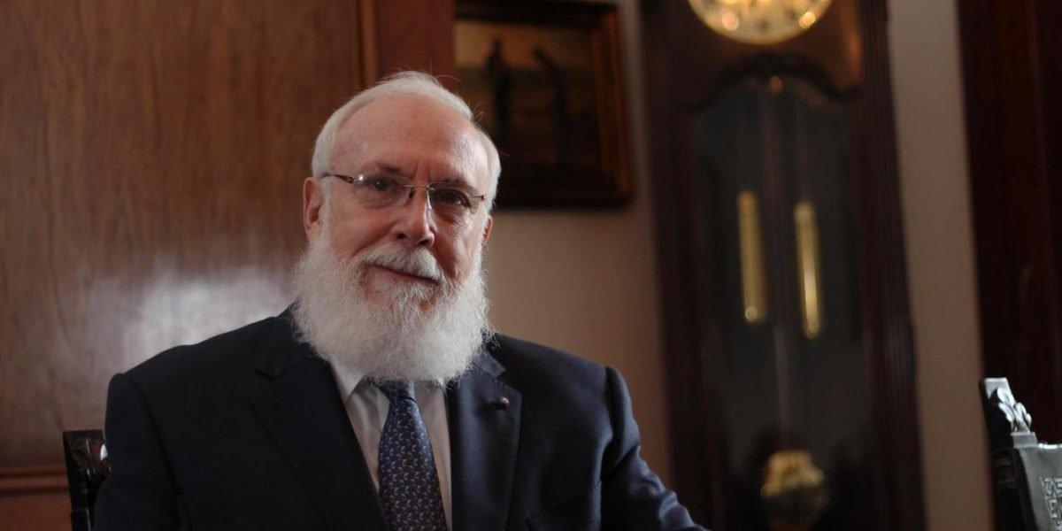 El Ministerio de Relaciones Exteriores -MINEX-, informó la destitución de Acisclo Valladares Molina y otros tres embajadores.
