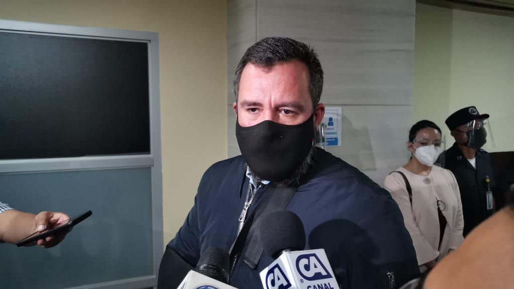 El exministro de comunicaciones Alejandro Sinibaldi, dijo que revelará el nombre de los empresarios acusados en casos de corrupción. (Foto: Canal Antigua)
