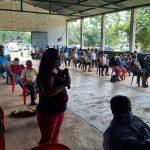 Líderes comunitarios del Litro del Pacífico de Suchitepéquez, exigen la construcción de un hospital. (Foto: Cristian Soto)