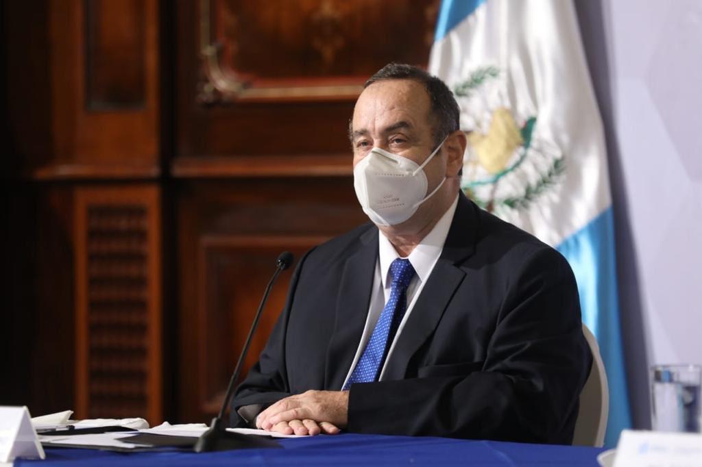 El Presidente Alejandro Giammattei, se refirió a la situación económica que atraviesa el país a consecuencia de la pandemia del COVID-19. (Foto: Twitter)