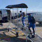 Los jugadores de la Selección Nacional viajaron este lunes a Nicaragua, para enfrentar su segundo amistoso del mes frente a los nicas, que se jugará mañana a las 6 de la tarde en Managua. (Foto: FEDEFUT)