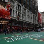 El tradicional desfile de Acción de Gracias de Nueva York se celebró este jueves, pero sin apenas público; además con un recorrido mucho más corto, debido a las restricciones impuestas por la pandemia del COVID-19. (Foto: EFE)