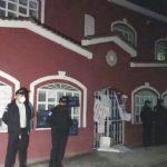 Vecinos que protestaban en Totonicapán, apedrearon la casa del Diputado por ese departamento, Marvin Alvarado Morales, del partido BIEN. (Foto: Carlos Ventura)