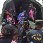 Al menos seis personas murieron en Nicaragua a causa de las intermitentes lluvias y fuertes vientos ocasionados por el huracán Iota. (Foto: EFE)