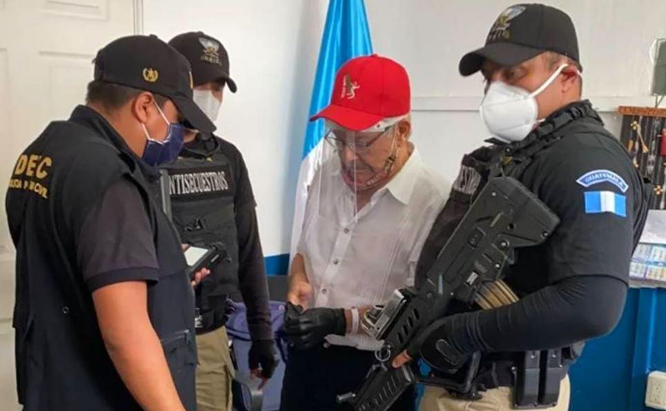 Derivado de las lluvias que han provocado un estado de emergencia en el país, se suspendió la audiencia contra el exguerrillero César Montes.