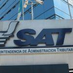 El presidente Alejandro Giammattei nombró a Adriana Estévez Clavería y Alejandro González Portocarrero para integrar el Directorio de la SAT.