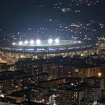 """Aurelio De Laurentiis, presidente del Nápoles, confirmó en una carta que el estadio San Paolo pasará a llamarse """"Diego Armando Maradona""""; esto en honor al astro del fútbol fallecido a los sesenta años por un paro cardíaco. (Foto:EFE)"""