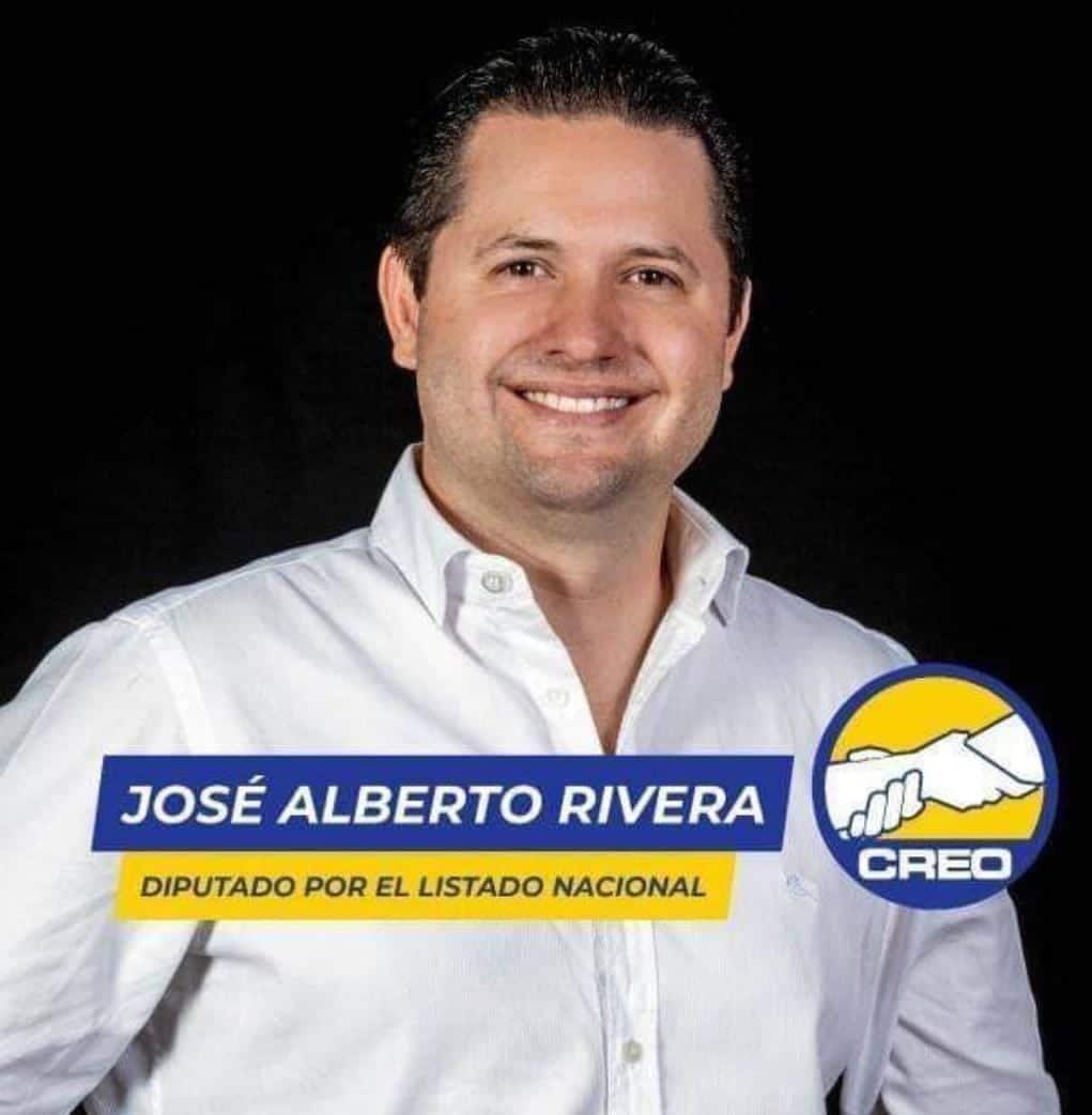 Debido al fallecimiento, por enfermedad crónica de Adela Camacho de Torrebiarte el empresario José Alberto Rivera Nájera ocupará su lugar.