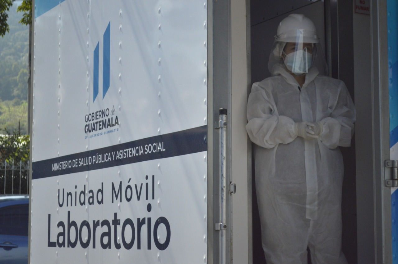 Guatemala contabilizó este lunes la muerte de 32 personas por COVID-19 y suma 4 mil 688 decesos en total por el coronavirus desde marzo.