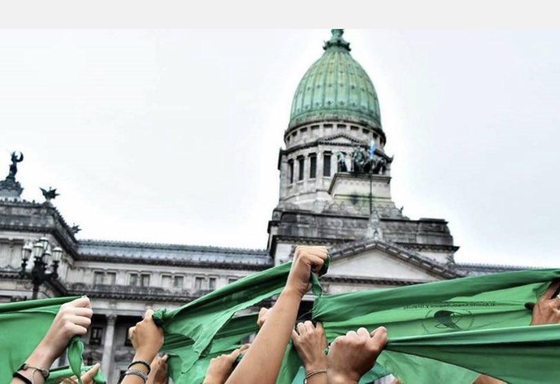 La decisión del senado de Argentina de despenalizar el aborto en su país, no pasó inadvertida en los diputados guatemaltecos.