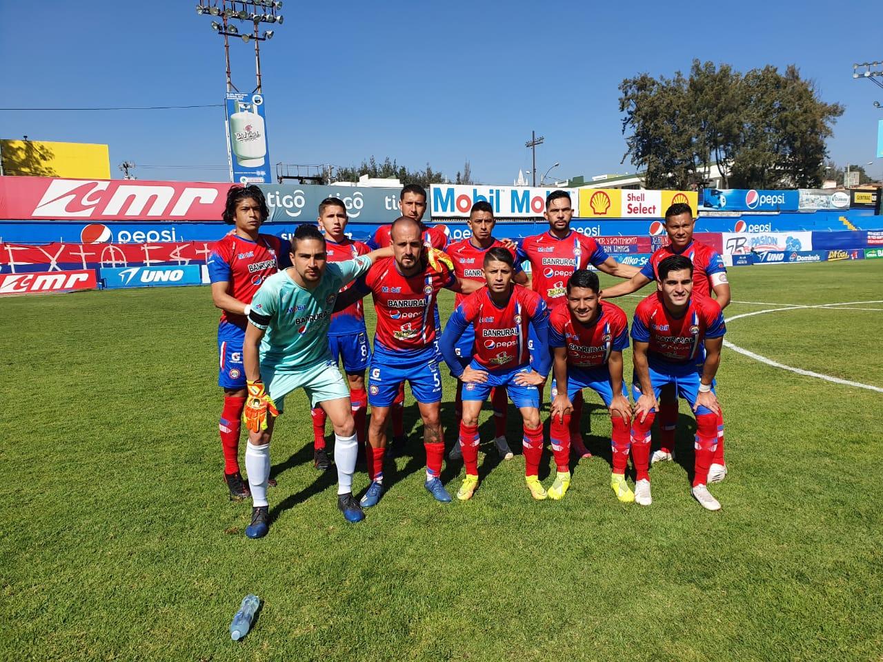 Xelajú MC derrotó 1-0 a Malacateco en el partido de ida de la serie de cuartos de final del torneo Apertura 2020.