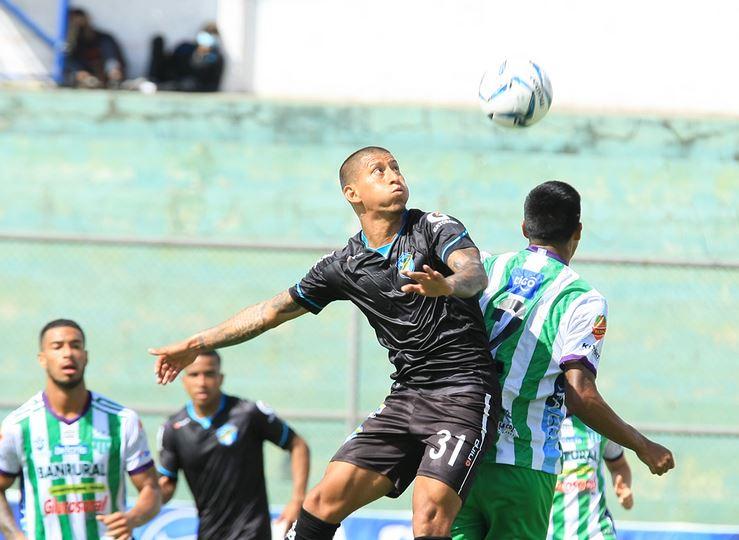 Antigua y Comunicaciones empataron 0-0 en el estadio Pensativo en la llave que los enfrenta por un boleto a la semifinales del Apertura 2020.