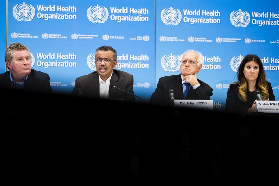 La Organización Mundial de la Salud -OMS-, se refirió a la nueva cepa del virus que se identificó en Reino Unido. (Foto: EFE)