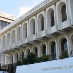 Los magistrados de la Corte Suprema de Justicia -CSJ-, han dado luz verde para que la Fiscalía Especial contra la Impunidad -FECI-, proceda a investigar a la jueza Coralia Contreras; esto por su posible vinculación dentro del caso Fugas, tras retirarle la inmunidad.