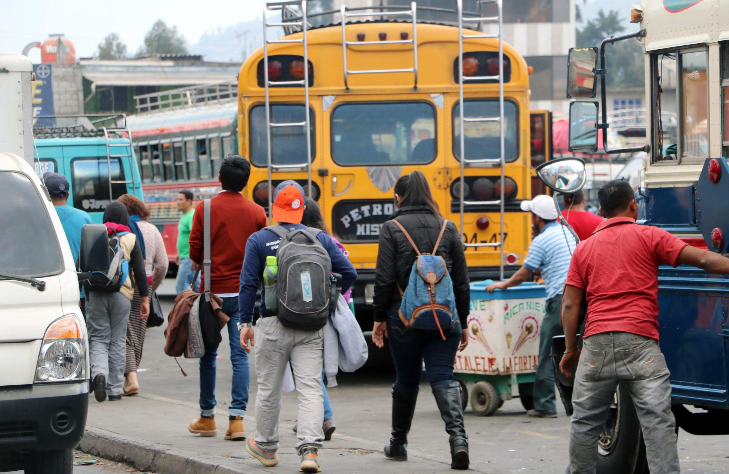 Muchos de los contagios de COVID-19 en Quetzaltenango, surgen en los buses de transporte público según las autoriadades de salud.