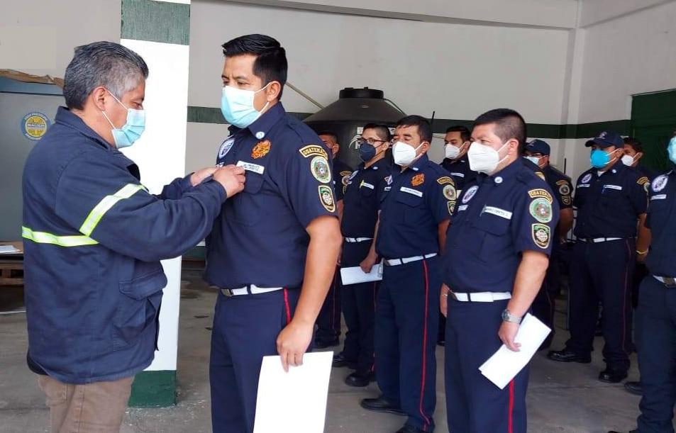 Un total de 45 elementos de la Patrulla Nacional de Rescate de los Bomberos Municipales Departamentales -BMD- recibieron un reconocimiento; se les otorgó por parte de sus altas autoridades por atender las emergencias causadas por tormentas que afectaron a miles de pobladores en varios departamentos.