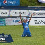 Los príncipes azules de Cobán Imperial en su debut en el Clausura 2021 frente a Municipal en el estadio Verapaz. El único gol del partido lo anotó el volante Pedro Altán en el primer tiempo.
