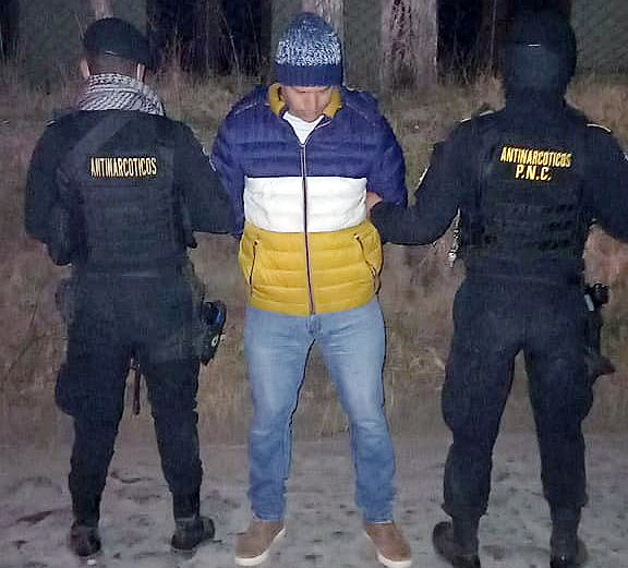 Autoridades reportaron este viernes la captura de un presunto narcotraficante con pedido de extadición a Estados Unidos, en Quetzaltenango.