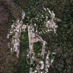 """Guatemala, el llamado """"país de la eterna primavera"""", perdió en los últimos 20 años un 22,3 % de sus bosques; y pasó de ser una nación forestal a un país deforestado según expertos, quienes advierten además sobre los riesgos para el futuro."""