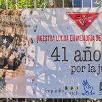 """Decenas de indígenas, campesinos y activistas de derechos humanos conmemoraron ayer domingo que hace 41 años 37 personas murieron calcinadas en la Embajada de España en Guatemala; además indicaron que hay responsables del crimen que aún """"siguen impunes""""."""