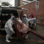 Guatemala reportó este domingo la muerte de 19 personas por COVID-19 y 207 nuevos nuevos casos del coronavirus en las últimas 24 horas; por lo que el país suma 6 mil 393 decesos a causa de la enfermedad y 174 mil 542 contagios en total desde marzo de 2020.