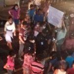 Pobladores de diferentes sectores del municipio de Patulul, Suchitepéquez, están molestos ante la falta de agua potable; esta situación provocó protestas en contra del alcalde César Calderón.