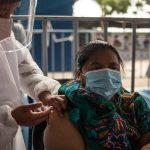 Guatemala superó las 6 mil 800 muertes a causa del COVID-19 en un año de la pandemia; además se han confirmado 193 mil 377 casos de la enfermedad, reportaron ayer domingo 28 de marzo las autoridades sanitarias.