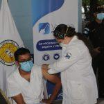 Avanza en la distribución de vacuna contra el COVID-19