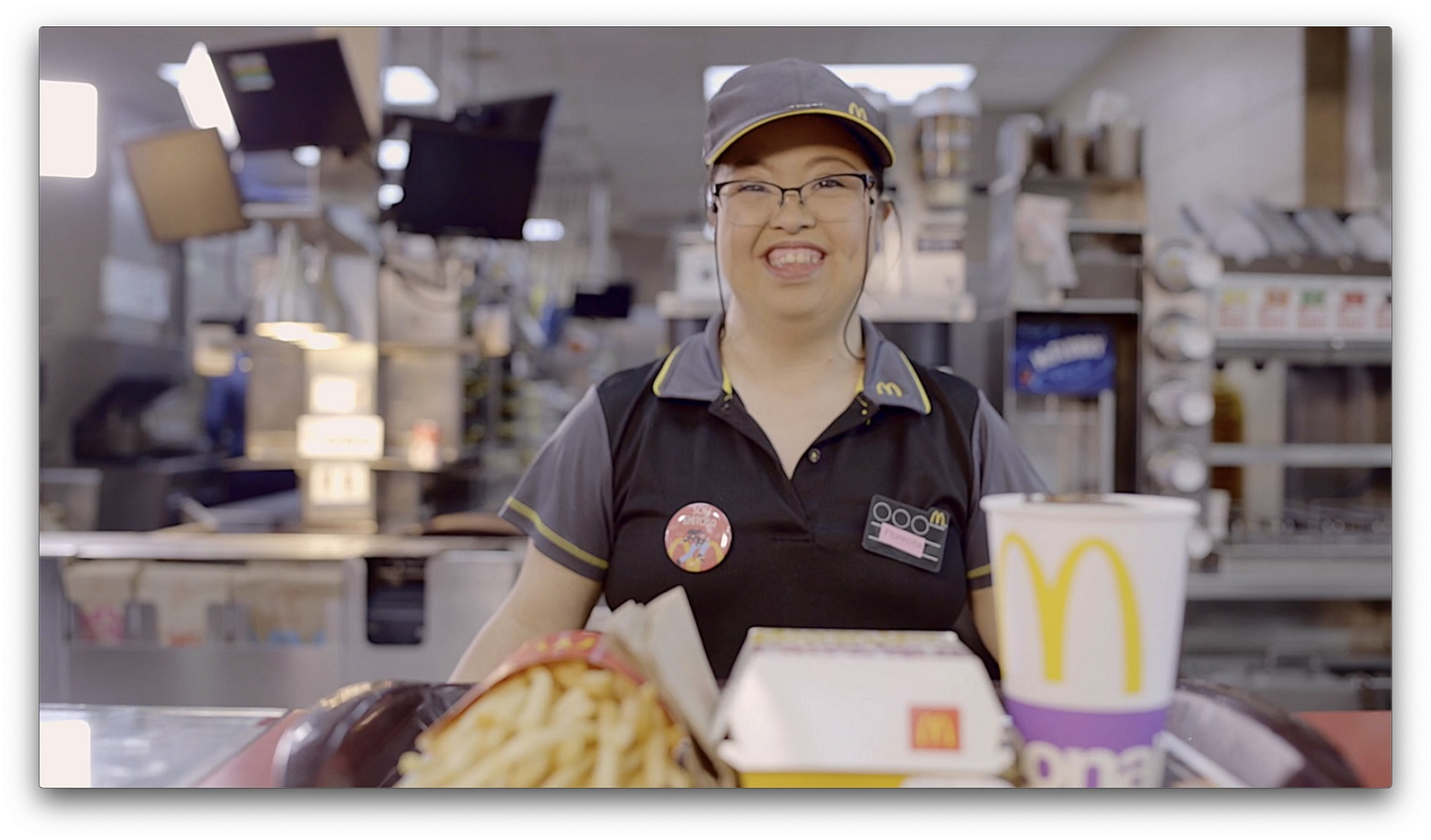 McDonald's brinda oportunidad de empleo a personas con habilidades distintas desde hace 29 años