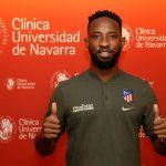 El delantero francés del Atlético de Madrid Moussa Dembélé sufrió este martes un desmayo durante el entrenamiento. Sin embargo, después del susto, los médicos del equipo colchonero informaron que el jugador se encuentra sin problema.