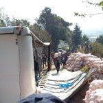 Camión volcado causa complicaciones en el tren de aseo de Xelajú