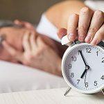 """Las personas de mediana edad que suelen dormir seis horas o menos por la noche podrían tener más riesgo de padecer demencia en etapas posteriores de la vida; esto según expone un estudio publicado este martes en la revista """"Nature""""."""