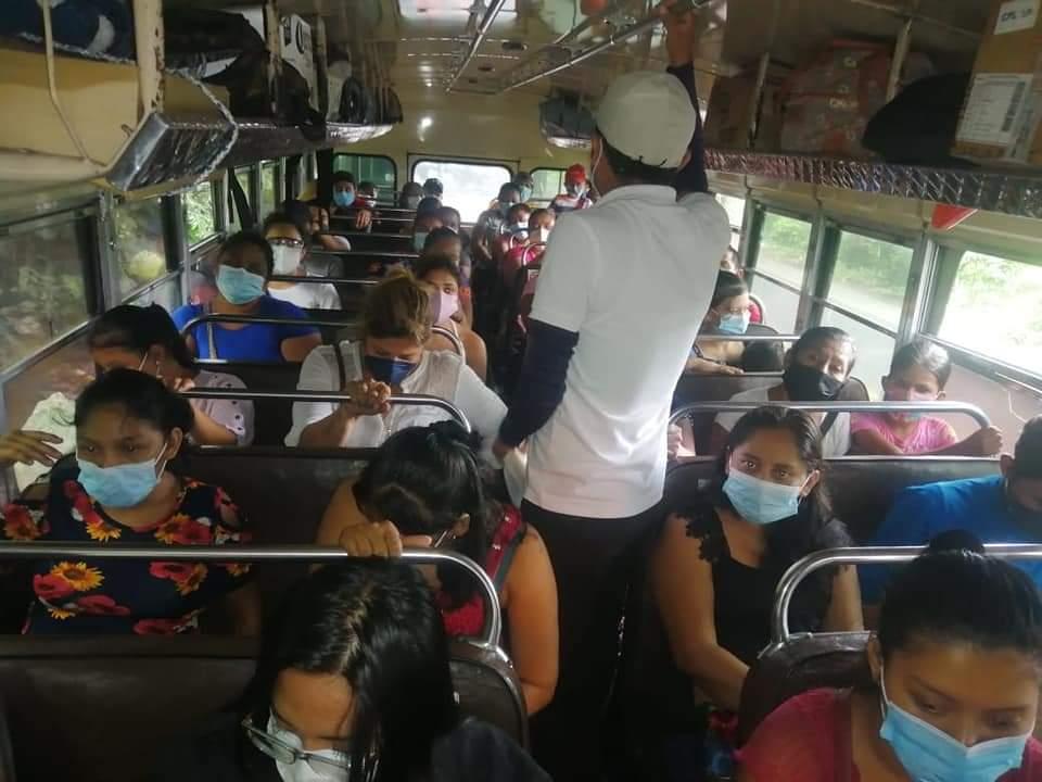 Autoridades de Suchitepéquez realizan en la costa sur operativos de verificación sobre las normas del COVID-19 por parte de pilotos de transporte público.