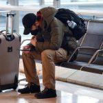 El Gobierno español prorrogó este martes las restricciones de vuelos procedentes de Brasil y Sudáfrica hasta el próximo 27 de abril, debido a las variantes del coronavirus en esos países.
