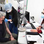 Italia registró 8 mil 444 nuevos contagios de coronavirus y 301 muertos en las últimas 24 horas, informó hoy el Ministerio de Sanidad; sucede el día en el que el país comienza la reapertura gradual de algunas actividades como la hostelería, el cine o el teatro tras largos meses de restricciones.