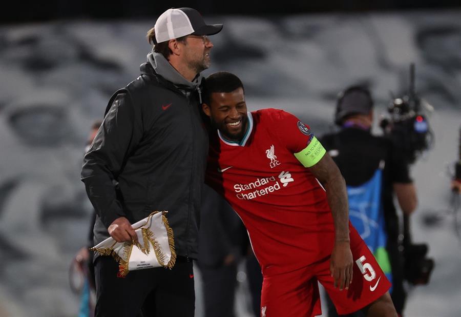 El Liverpool se entrenó este martes por última vez antes de medirse al Real Madrid, el miércoles en Anfield, en una sesión sin sorpresas y en la que reinó el buen ambiente.