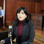 La Sala Sexta de lo Contencioso Administrativo suspendió en definitiva el trámite de amparo y a la vez revocó el amparo provisional otorgado al abogado Erwin Rolando Rueda Masaya en contra de la designación de Gloria Porras como magistrada a la Corte de Constitucionalidad -CC- por parte de la Universidad de San Carlos de Guatemala.