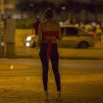 Una mujer acusada en España de abuso y agresión sexuales, coacciones, trata de seres humanos y explotación laboral de siete mujeres latinoamericanas ha aceptado cumplir nueve años de cárcel; esto para evitar el juicio, en el que la Fiscalía iba a pedir 37 años de prisión para ella.