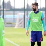 A dos días de disputar el clásico frente al Real Madrid, el defensa del Barcelona Gerard Piqué volvió a ejercitarse este jueves con sus compañeros