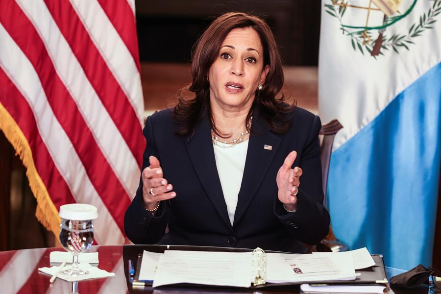 La vicepresidenta de Estados Unidos, Kamala Harris, advirtió este martes de que no es posible un progreso en los países del Triángulo Norte -El Salvador, Guatemala y Honduras- si la corrupción persiste en la región.