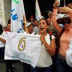 """El partido político Semilla advirtió que Guatemala """"está descendiendo hacia los abismos del autoritarismo y la más vulgar represión""""; esto luego de la detención del abogado Juan Francisco Solórzano Foppa, por un supuesto delito electoral."""