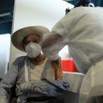 El Ministerio de Salud Pública y Asistencia Social -MSPAS- informó que a la fecha hay registradas al menos 102 mil 842 personas adultas mayores de 70 años; esto como parte de la segunda fase de vacunación contra el COVID-19 en el país.