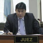 La Fiscalía Especial Contra la Impunidad presentó una solicitud de antejuicio en contra del juez contra delitos de extorsión, José Eduardo Cojulún; esta se hizo este día ante la dirección de Gestión Penal, por su presunta implicación dentro del caso Fénix.