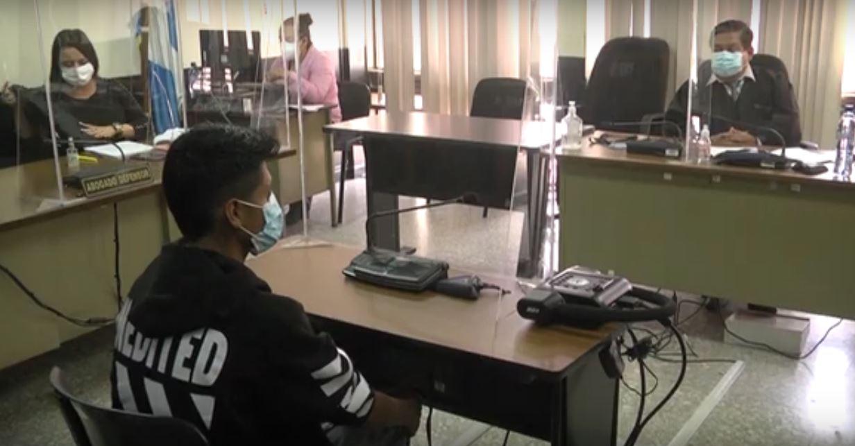 El guatemalteco Douglas Bimael Méndez, es reclamado por Estados Unidos, por del delito de abuso a menores; según la acusación este fue sorprendido en el momento que abusaba sexualmente de un menor de cuatro años.