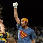 El portero italiano Gianluigi Buffon formalizó oficialmente a sus 43 años, su regreso al Parma; este es el club en el que empezó, en 1995, su carrera como profesional.