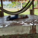 La Policía Nacional Civil localizó los cuerpos de cinco hombres asesinados a balazos en una finca de Teculután, municipio de Zacapa.