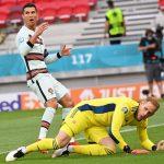 Cristiano Ronaldo, titular en el Puskas Arena en el partido Hungría-Portugal, se ha convertido en el primer jugador que participa en cinco Eurocopas.