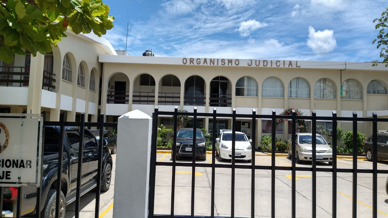 El Ministerio Público ha solicitado que se imponga penas de 50 años de prisión en contra de los responsables de la muerte de Domingo Choc; la petición se hizo al Tribunal de Sentencia de penal de San Benito, Petén.
