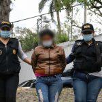 Ligan a proceso penal a mujer por maltratar a su hija de año y seis meses