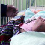Vecinos de la zona 7 de Xelajú localizaron a una bebé recién nacida que dejaron abandonada, durante la madrugada de este jueves. Las personas manifestaron su repudio por lo sucedido.